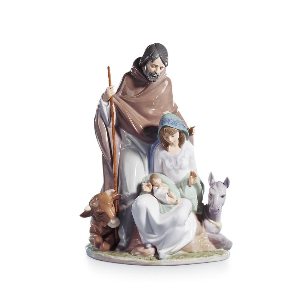 figurka-swieta-rodzina-radosne-wydarzenie-37x26-cm